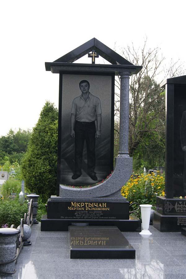 Прямоугольный вертикальный памятник Киевская заказ памятника на кладбище Верхнеуральск