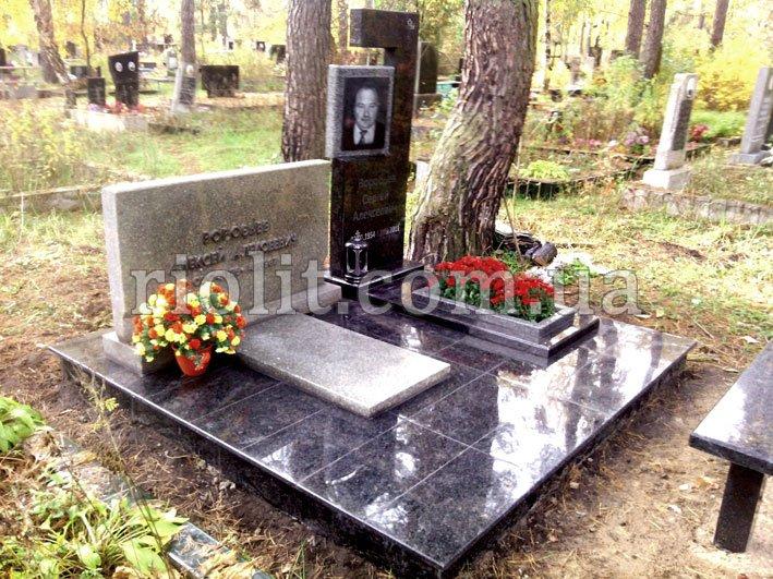 Памятники из камня лабрадор изготовление надгробий памятников
